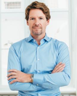 Dr. Dominik von Lukowicz - Facharzt für Plastische und Ästhetische Chirurgie